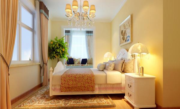 床头背景是比其他墙面墙漆的颜色较深,使整体有个主次的划分,再加上落地窗改造成飘窗的处理方式增加了储物空间。