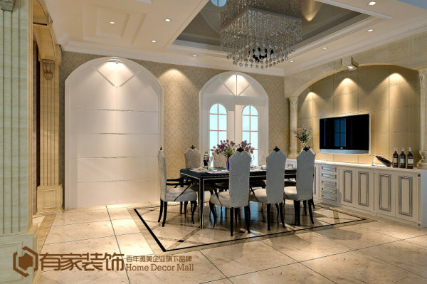 欧式常用的装修材料常用大理石、多彩的织物、精美的地毯、精致的壁挂,整个风格豪华、富丽且充满强烈的动感效果。