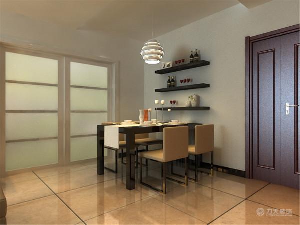 电视背景墙因为比较完整,所以两边用了稳重温馨的木地板来装饰,中间用了现代时尚壁纸来装饰空间,和整体风格相搭配衬托的空间更简洁时尚了。