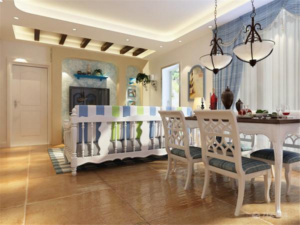 """这次的设计风格定义为地""""地中海风格""""。本案在总体上呈现颜色单一的风格。在室内,窗帘、沙发套均以素雅的小细蓝白条纹图案为主来搭配。"""