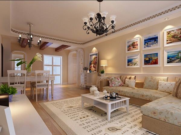整体居住环境以黄色为主要色调。客厅沙发使用淡蓝色小碎花图案,这是田园风格的标志性特点。