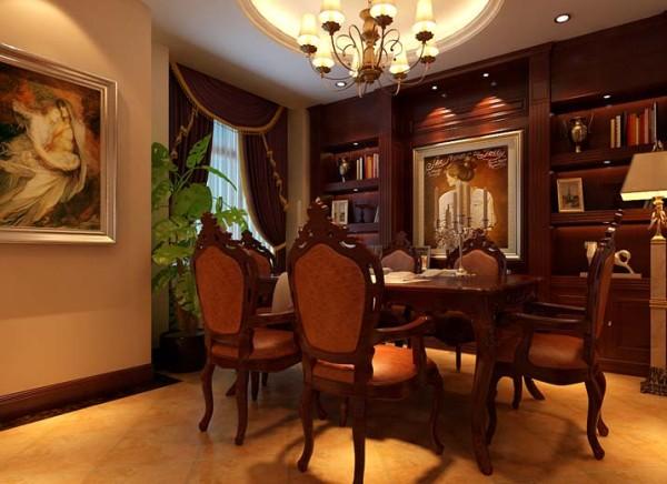 餐厅独立空间,位置舒适,整面墙做餐边柜,餐厅以舒适实用为主。 亮点:餐厅餐桌部分吊顶为圆形吊顶,铁艺吊灯,突出餐厅中餐桌的重要性。