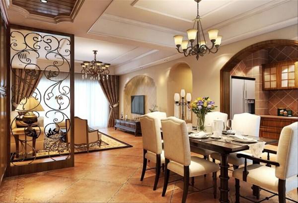 长方形的餐桌作为整个空间里的重要家具,弧形的实木门洞 。这些实木的家具都通过精美纹理的雕刻工艺凸显出美式风格的特点