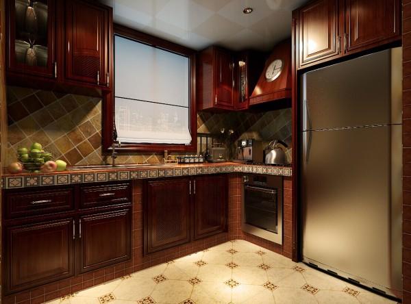 """厨房的橱柜选用的是美式橱柜,""""L""""行的橱柜加上立柜,厚重大气。"""