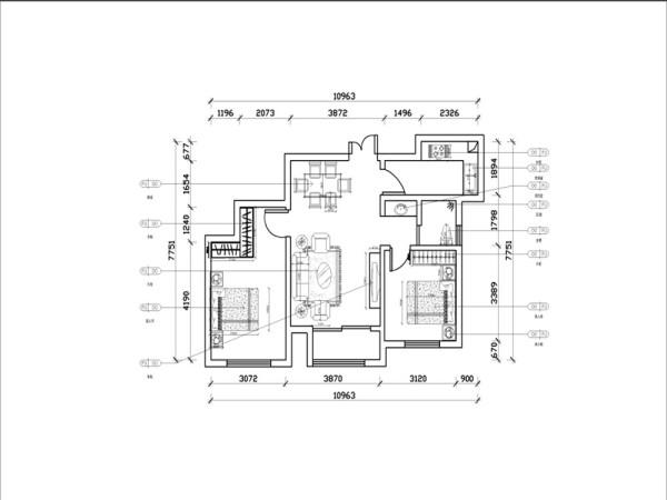 客厅和主次卧的采光效果较好,厨房没有采光源,设计时尽力以灯光配饰弥补。客厅与阳台相连接,不但可以接受充足的阳光,还能有效的使空间产生层次递增感,动能区分合理,会客,休息互不打扰。