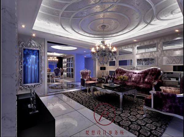 客厅空间宽敞,设计师在设计吊顶造型上使用了抽象图形装饰使得整个空间灵动而不空旷