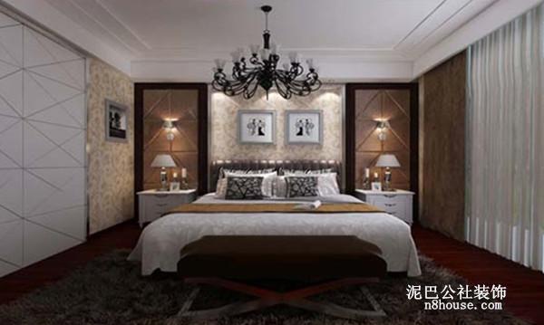 主卧室,铺上地毯,很有酒店式豪华床的感觉