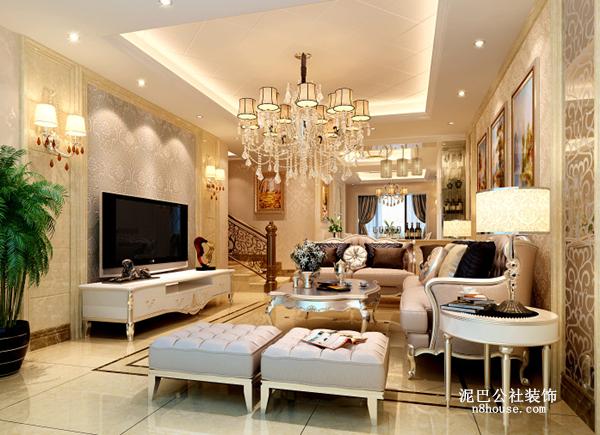 客厅  只能用'富丽堂皇'来形容了