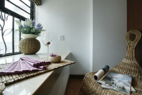 简约 三居 收纳 白领 现代 温馨 阳台图片来自孙进进在上海徐汇125平三居现代温馨雅居的分享