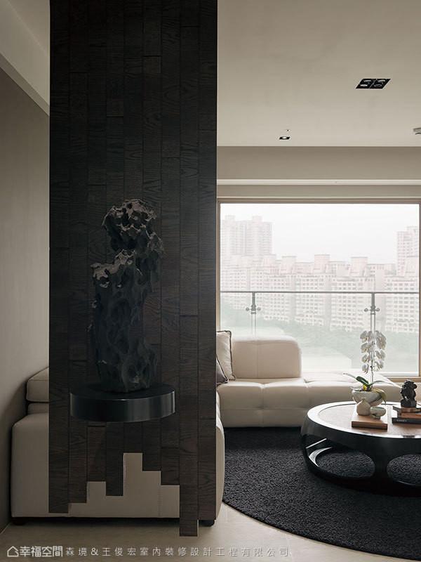 乱纹拼版的木纹层理,堆栈出中式风情。