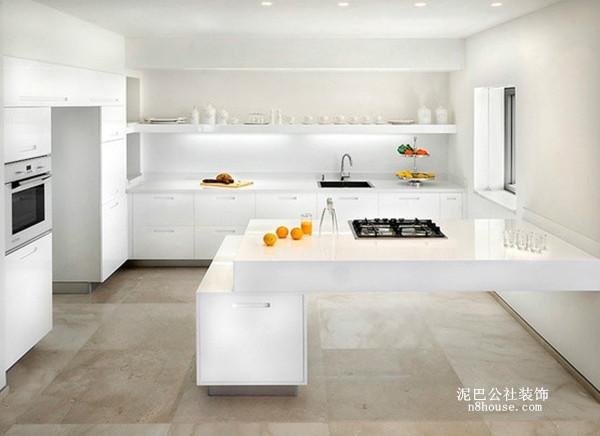 利用水果、厨具打造彩色空间,简单但不失独特