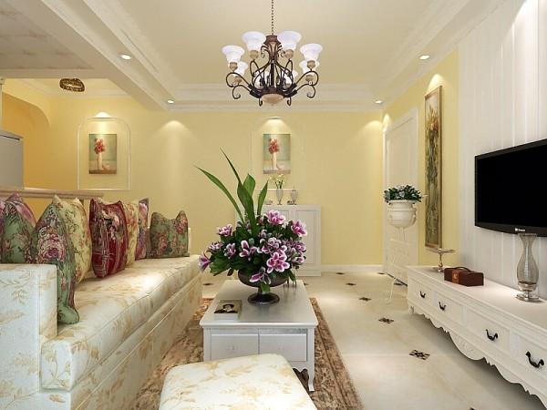 在电视墙背景墙上纯白色的石膏板明亮而又大方,从质感和色感上让淡黄色的墙面富有层次和韵味,灯光的反射营造出丰富的层次感,整体质感优雅宁静。