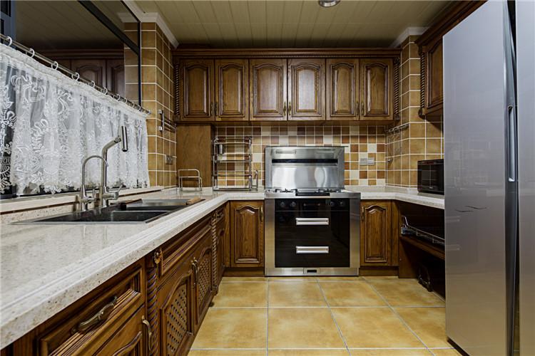 美式 厨房图片来自湖南长沙苹果装饰在归心苑的分享