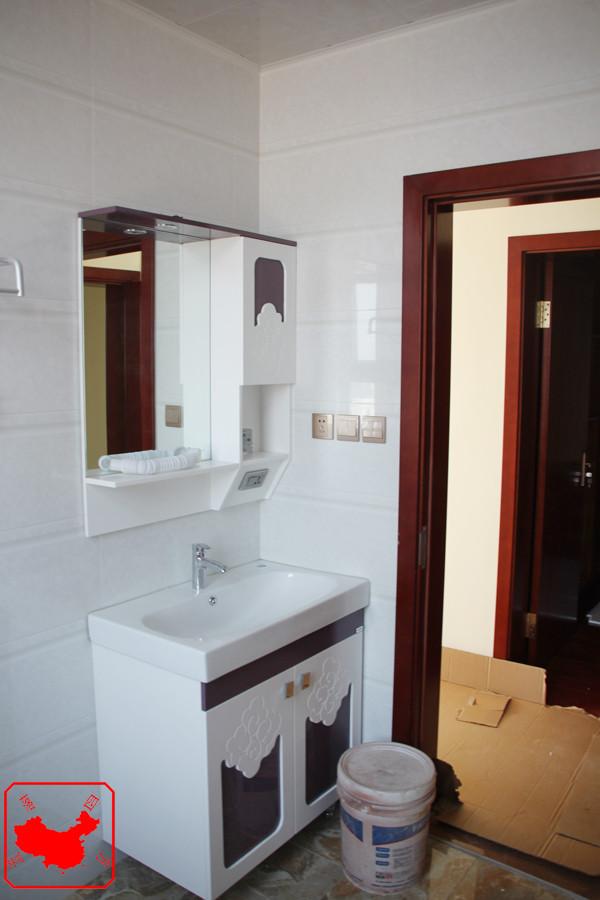 农大家属院200平中式案例 主卫浴室柜