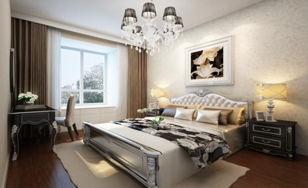 卧室设计: 卧室采用乳胶漆搭配壁纸的材质来呈现,增加了环保,同时在材质上不会显得贫乏。卧室采用木地板,搭配米咖色壁纸和白色欧式皮雕床,大气、舒适。