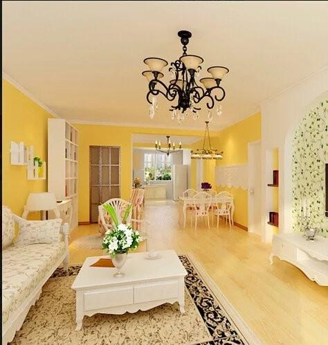 客厅的博古架用来扩大了储物空间。