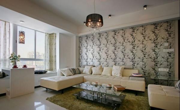 客厅沙发,乳白色加上背景墙是不是很搭呢?