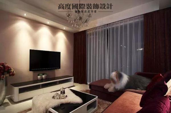 简洁的无造型电视墙