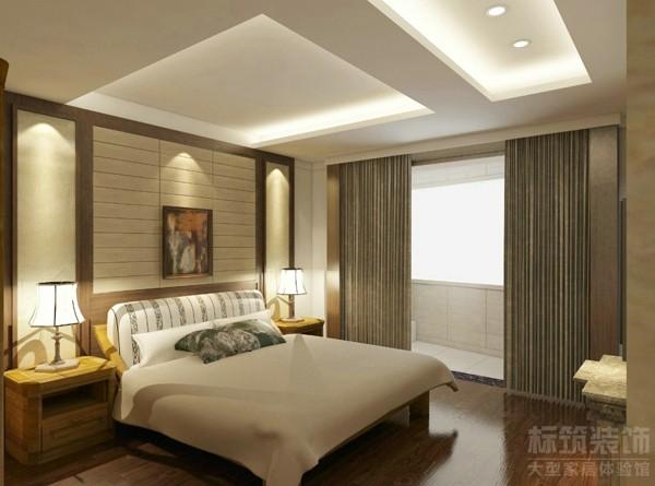 卧室选用了较淡雅的颜色,给人一种安静闲适的感觉。木质的床和柜子,保持着原有的肌理,简单的吊顶暗藏灯饰,光线漫射整个房间,营造出禅宗式的理性和宁静环境。