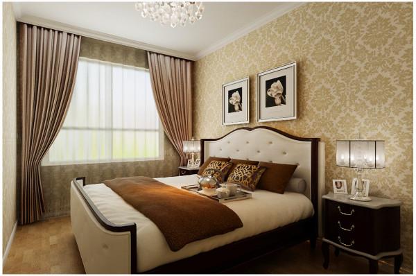 两间卧室风格完全不同,在整体风格延伸下,主卧奢华、浓烈,次卧简约、温馨。