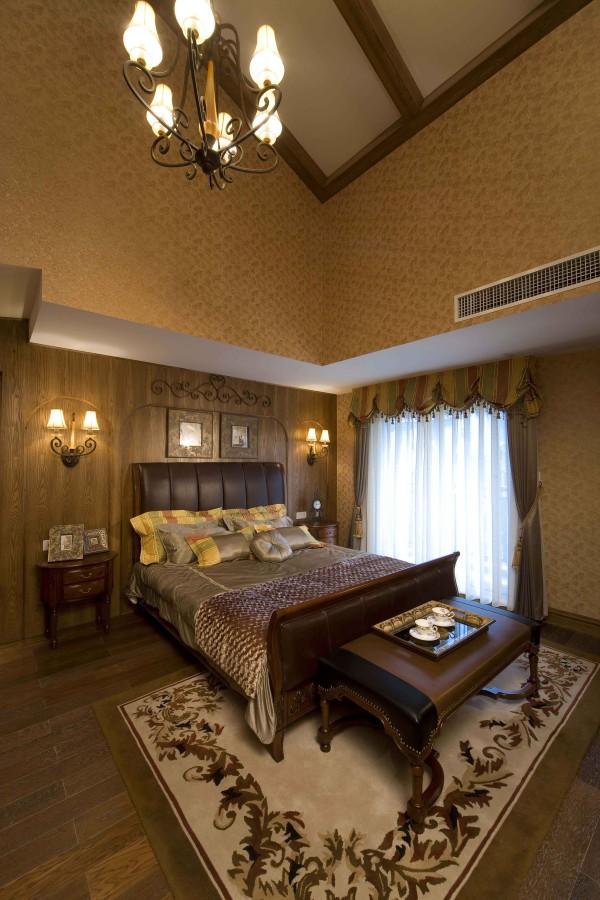 卧室的设计充分体现了简洁大方,轻松的特点,居住非常具有人性化。