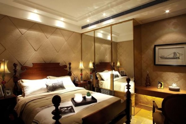 卧室装修:镜面的衣柜,拉伸整个卧室的空间感
