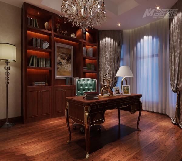 美式家居的书房简单实用,但软装颇为丰富,各种象征主人过去生活经历的陈设一应俱全!
