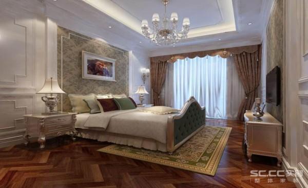 卧室设计: 背景墙的设计清爽而素雅,与靠枕床单呈现如此相近的色调。床头柜摆放的装饰物品精致而小巧,凸显生活的精致