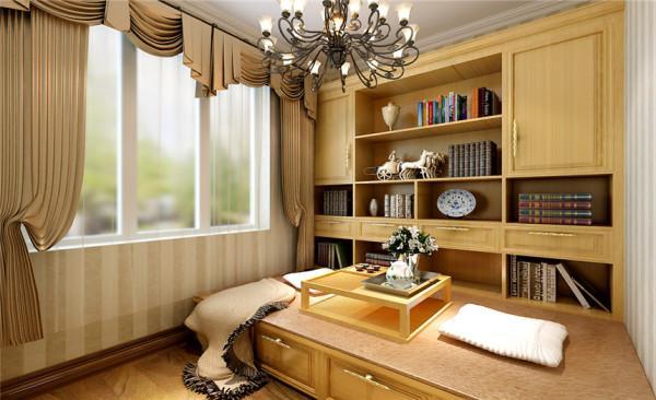 书房设计: 倚窗而坐,木香与书香相互融合, 沁人心脾;复古韵味的坐钟,灵动设计的台灯,成为书房的亮点之处