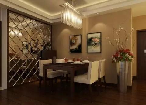 这个餐厅的使用面积要比上面那个餐厅小,所以在餐厅的背景墙用料上,它用了镜面。至此,第三个餐厅装修技巧表现出来了——利用镜面效果扩大餐厅的视觉空间,从而减少小餐厅的拥挤感。