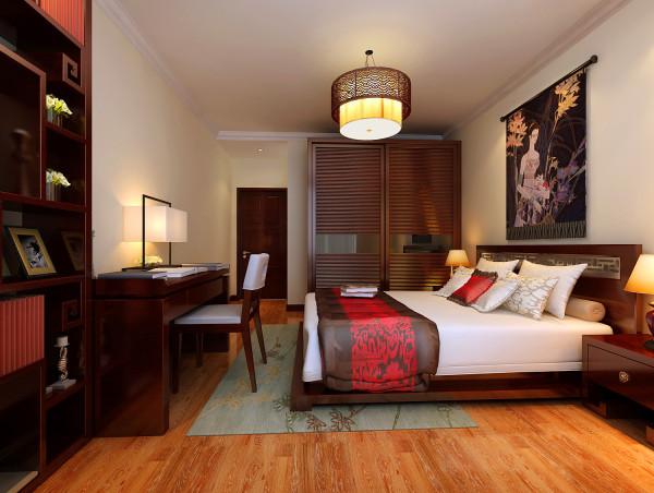 为了舒服,中式的环境中也常常用到沙发,但颜色仍然体现着中式的古朴,中式这样表现使整体空间,传统中透着现代,现代中揉着古典,其墙壁上的字画无论数量还是内容都不在多,而在于它所营造的意境。