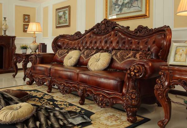 沙发精美雕花。色木材质