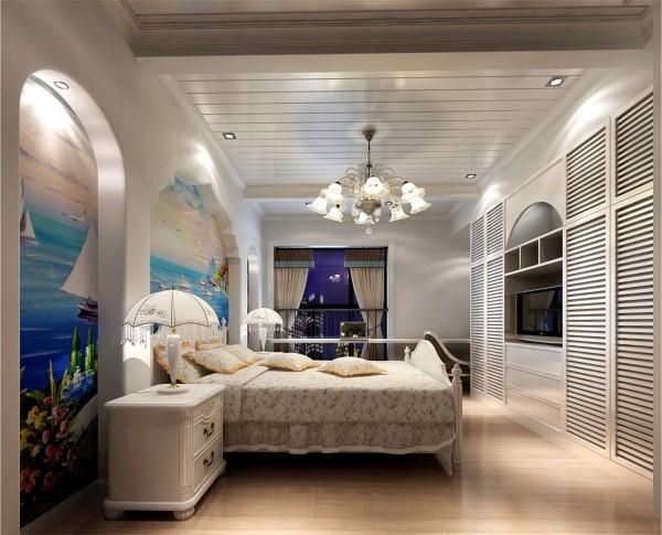 卧室要安静,隔音要好,可采用吸音性好的装饰材料;门上最好采用不透明的材料完全封闭。有的设计中为了采光好,把卧室的门安上透明玻璃或毛玻璃,这是极不可取的。