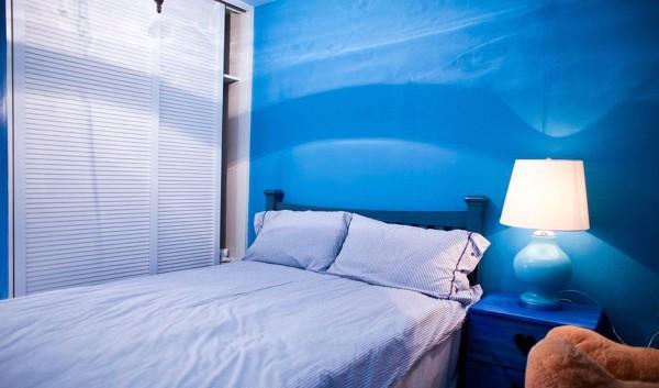 私密性是卧室最重要的属性,它不仅仅是供人休息的场所,还是夫妻情爱交流的地方,是家中最温馨与浪漫的空间。