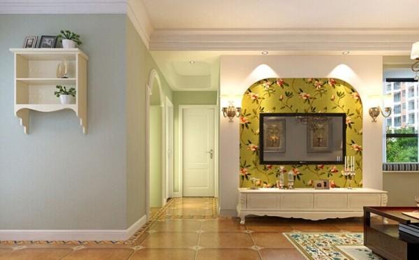 过道弧形吊顶与客厅直线带灯槽吊顶不同,过道地面拼花与客厅不同,巧妙划分出空间区域的差异。
