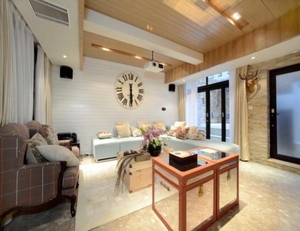 客厅空间中随处流淌着设计者还现象与本真,道法自然的设计理念,着重文化氛围和精神归属感的营造。