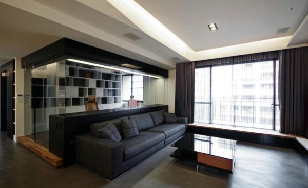 业主:刘女士;施工工期;75天;本案为现代风格,墙面选用环保的颜色乳胶漆,打造现代的干净舒适,电视墙采用饰面板上墙跟地面的一体式电视柜彰显大气