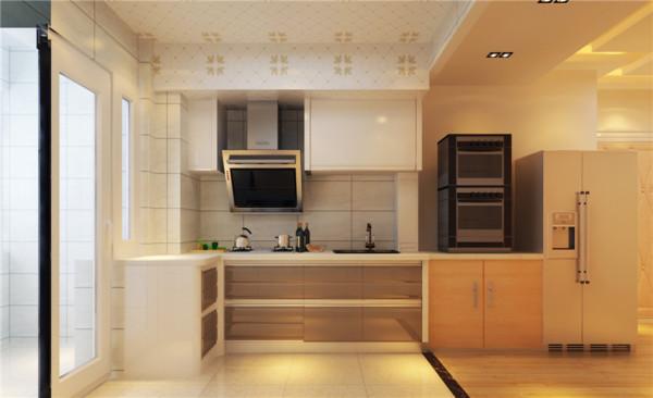 厨房设计: 厨房为敞开厨房,室内更加通透宽敞。 所用材料: 暖色的瓷砖,暖色的橱柜,尽管冬天做饭也是暖洋洋的。简单的餐桌放在厨房,也能让一家人吃一顿温馨的晚餐