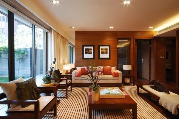 简约风格突出背景墙和窗户的空间感