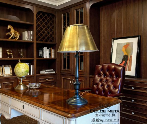 书房是主人在家里办公的时候用的,所以业之峰在设计师时考虑得更稳重。