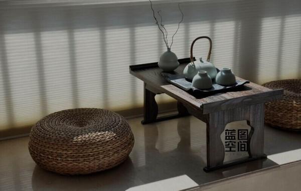 业主增设了饮茶区域,利用阳台的空间,家有了休闲的片刻。