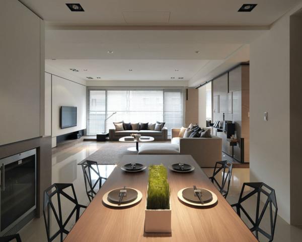 餐厅装修,灯饰桌上盆景给整个空间增添了生命力,创意抽象的几何椅子。