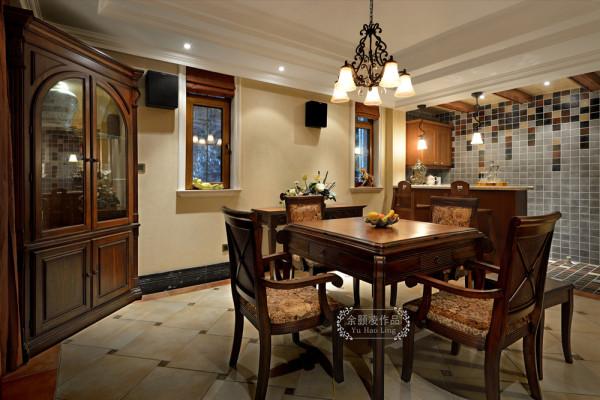 麻将室,此区域是负一层的休闲区域,朋友亲戚聚会可以来这里打打麻将,看看电影。
