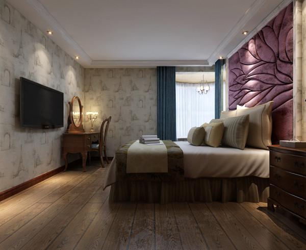 主卧室设计效果,卧室内铺设壁纸,地面铺贴木质地板