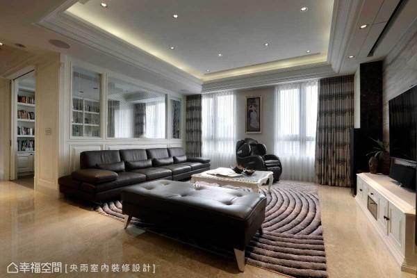 淡雅的白色作为空间基底,天花板层层堆栈的美式线条,细腻精致的表现出优雅美式风情。
