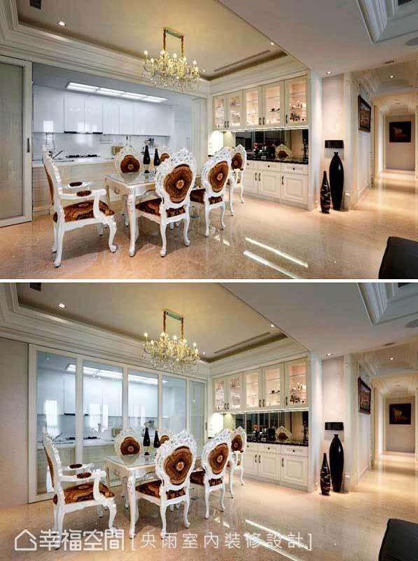 餐厅和厨房间动线顺畅便利,但为了有效阻挡油烟,通透的玻璃拉门轻松解决热炒困扰。