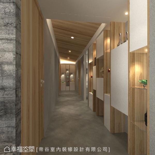 天然木皮的温润,预告着进入卧房空间的风格转换,纯净简约而不失设计力度。