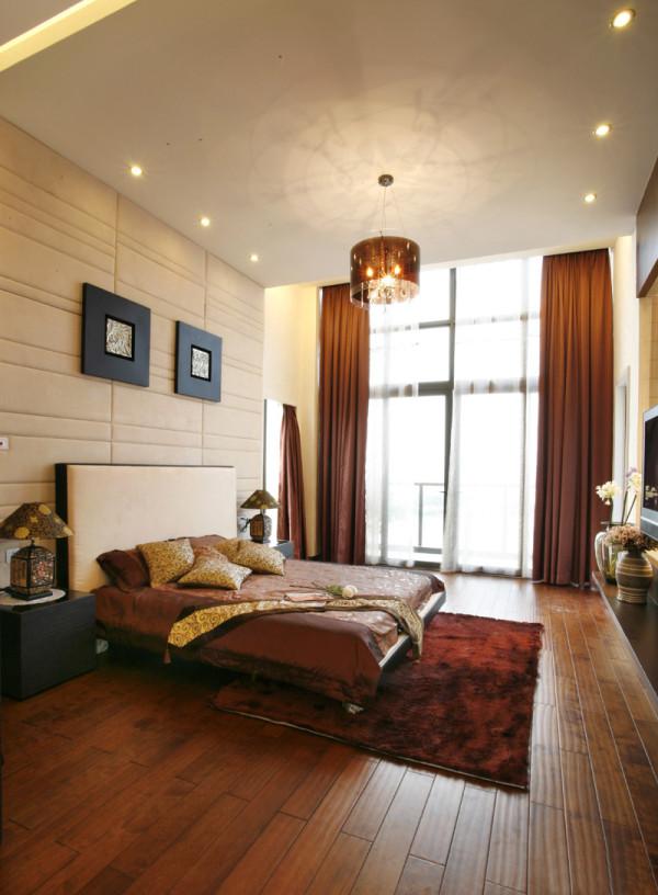 卧室的设计主要也是以简洁为主