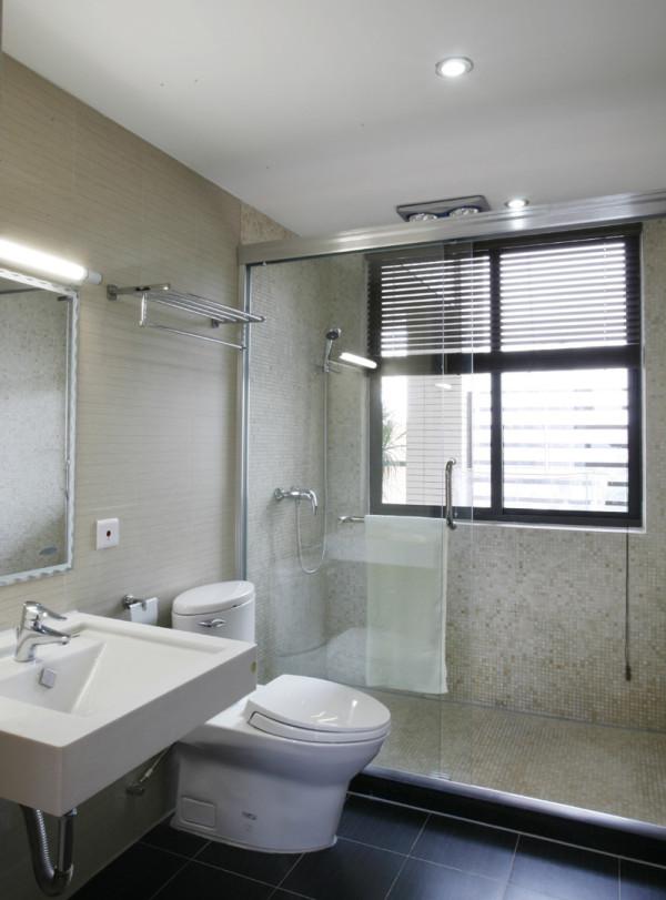 卫生间的设计主要讲究的是干净实用