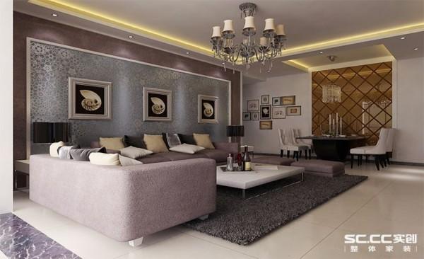 中间贴的壁纸,但是不用壁纸之间相互搭配,又形成很多种不同的感觉,这家的沙发背景墙和沙发以及地毯的颜色都搭配起来比较协调,在较小的空间里,看着大气。